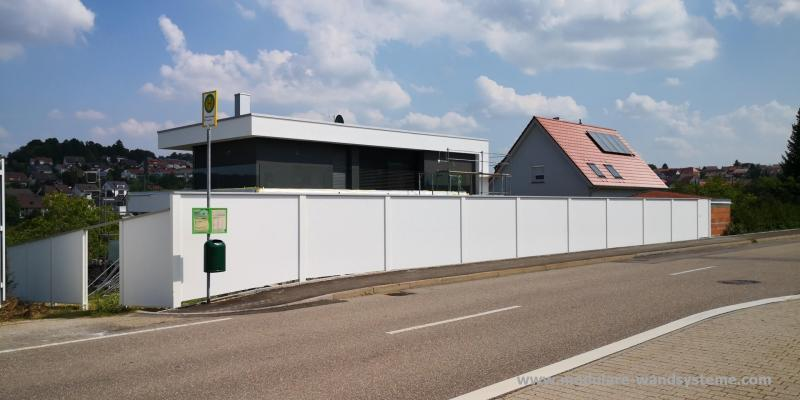 Modulare-Wandsysteme-Sichtschutz-Larmschutz-Ferigmauer-Variante-II