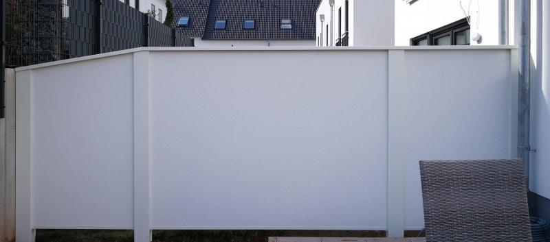 Modulare-Wandsysteme-Sichtschutz-Terrassenabtrennung-Variante-II-abgeschraegt