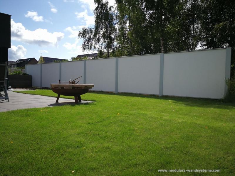 Modulare-Wandsysteme-Variante-II-Sichtschutz-im-Bauhausstil