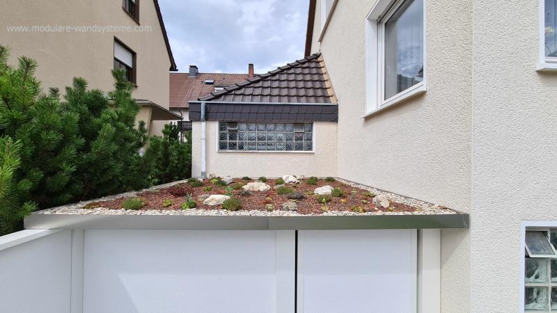 Modulare-Wandsysteme-Dachbegruenung-von-der-Fa-Immergruen-Klaus-Hoelcke-aus-Hemer