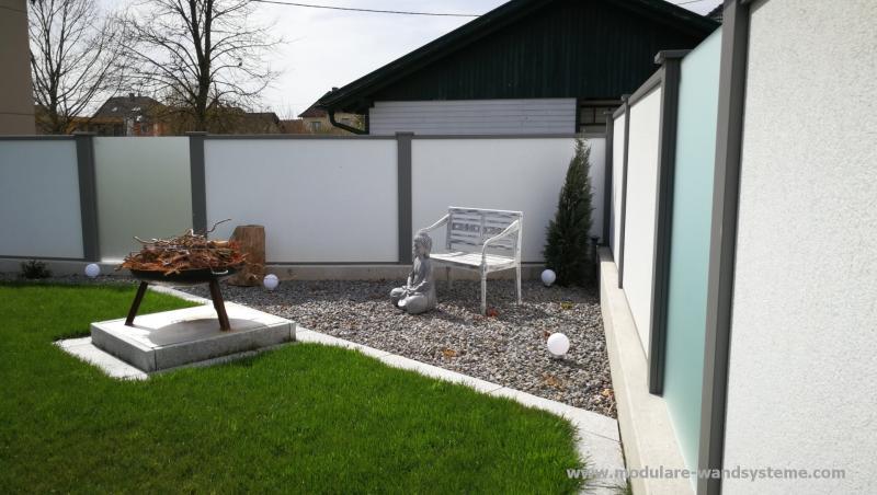 Modulare-Wandsysteme-mit-Sitzplatz