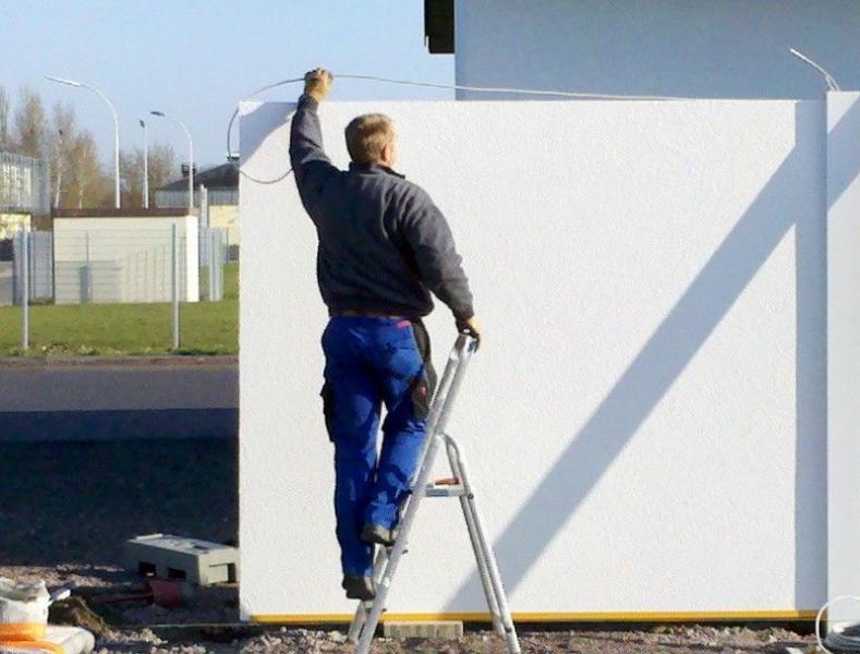 006Modulare-WandsystemeVerkabelungeinbringen