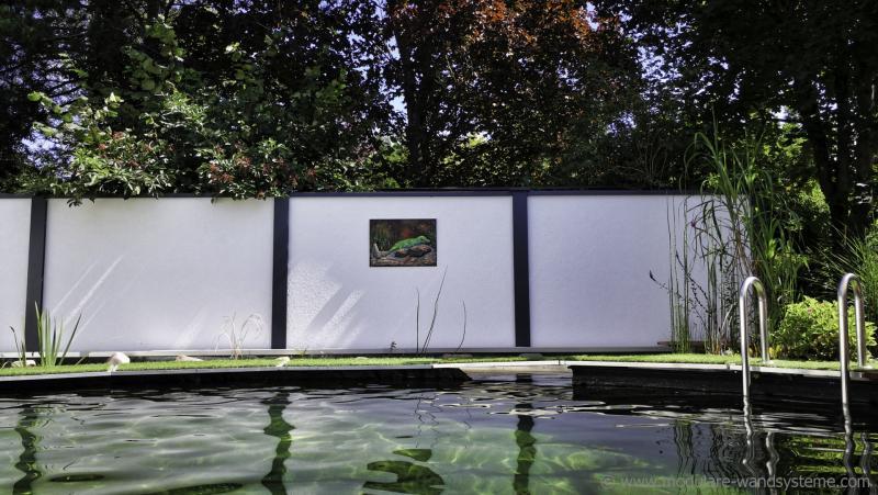 Acrylbild-mit-Gecko-Andrea-Bastuck-Modulare-Wandsysteme