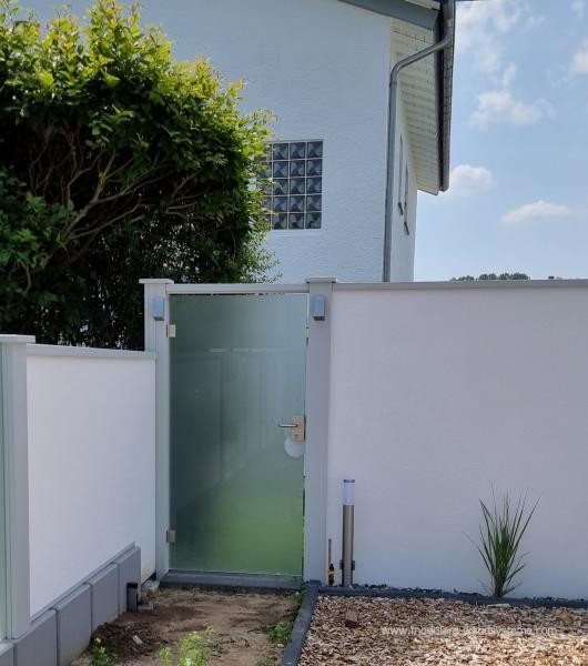 Modulare-Wandsysteme-ESG-Glastre-satiniert