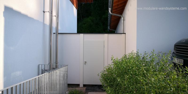 Modulare-Wandsysteme-Larmschutz-zwischen-Haus-und-Garage