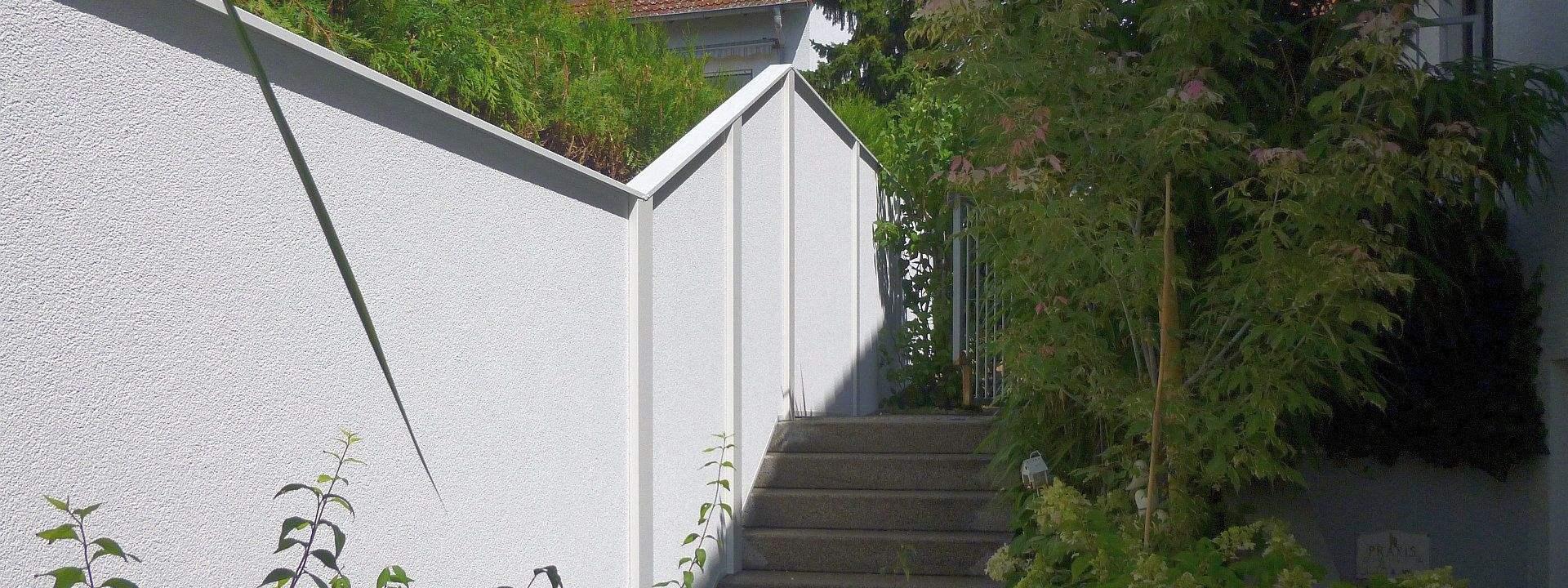 Der neue individuelle l rm und sichtschutz f r sie im garten - Gartenmauer fertigteile ...